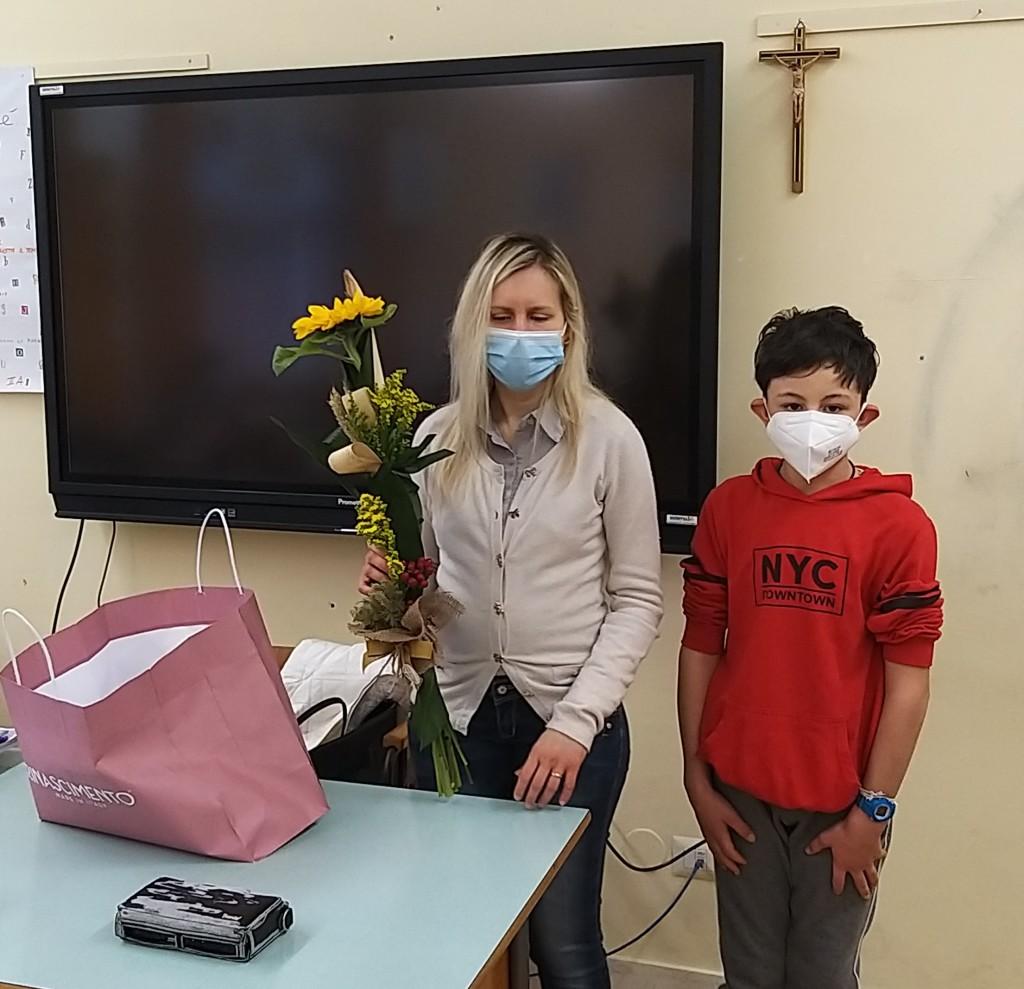 """Serena Stronati insieme a Giulio Carrozzo, autore dell'articolo """"Il metodo Braille"""""""